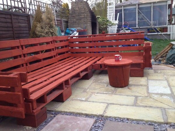 Pallet outdoor sofa memes for Palette bois deco jardin