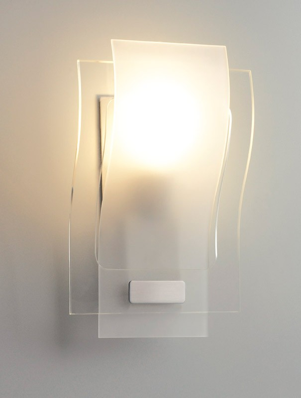 Comment installer une lampe murale bricobistro for Applique murale luminaire exterieur design