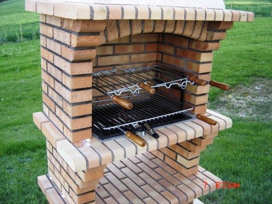 Barbecue brique for Construire un barbecue exterieur