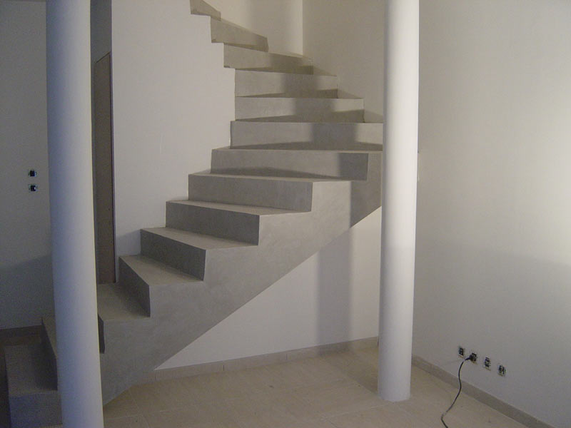 Comment fabriquer un composteur bricobistro for Escalier beton design