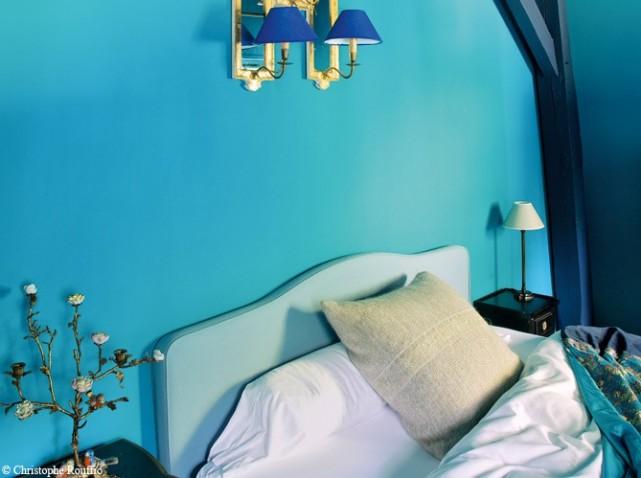 chambre-mur-bleu-lagon