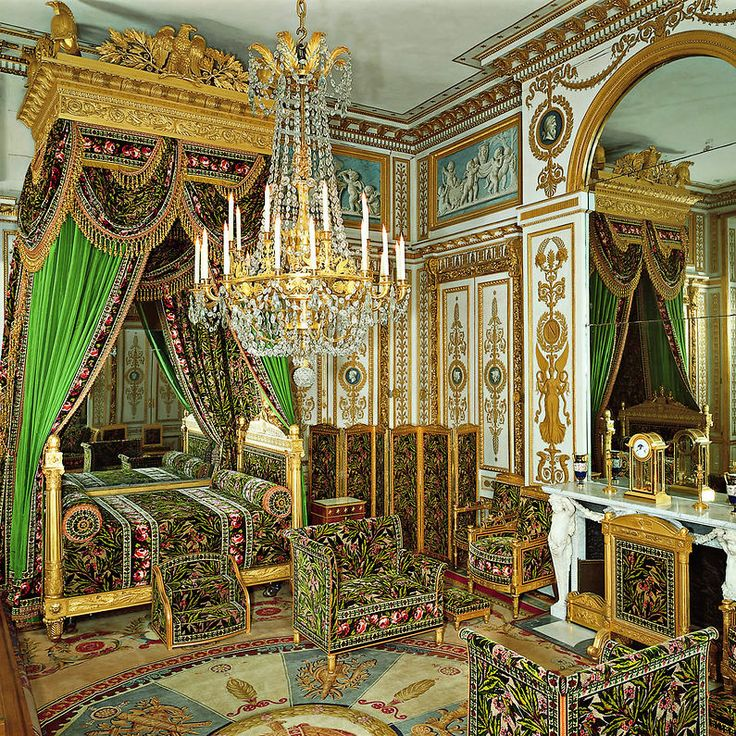 Chambre A Coucher Royale Pictures to pin on Pinterest