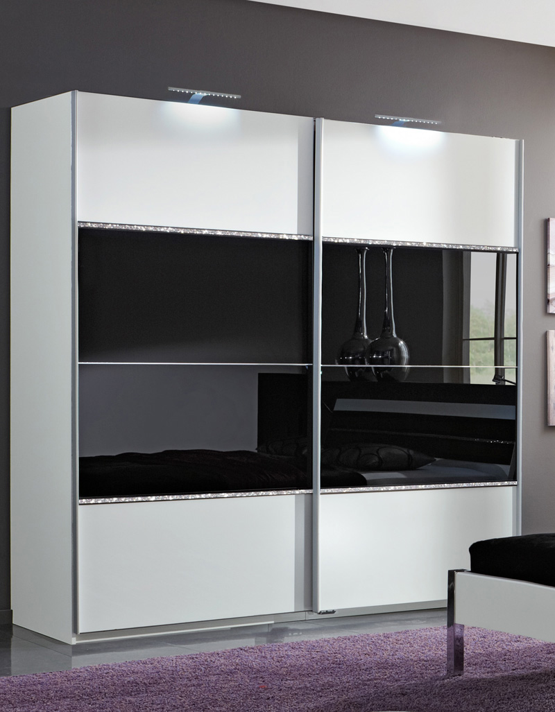 armoire chambre a coucher porte coulissante chambre a. Black Bedroom Furniture Sets. Home Design Ideas