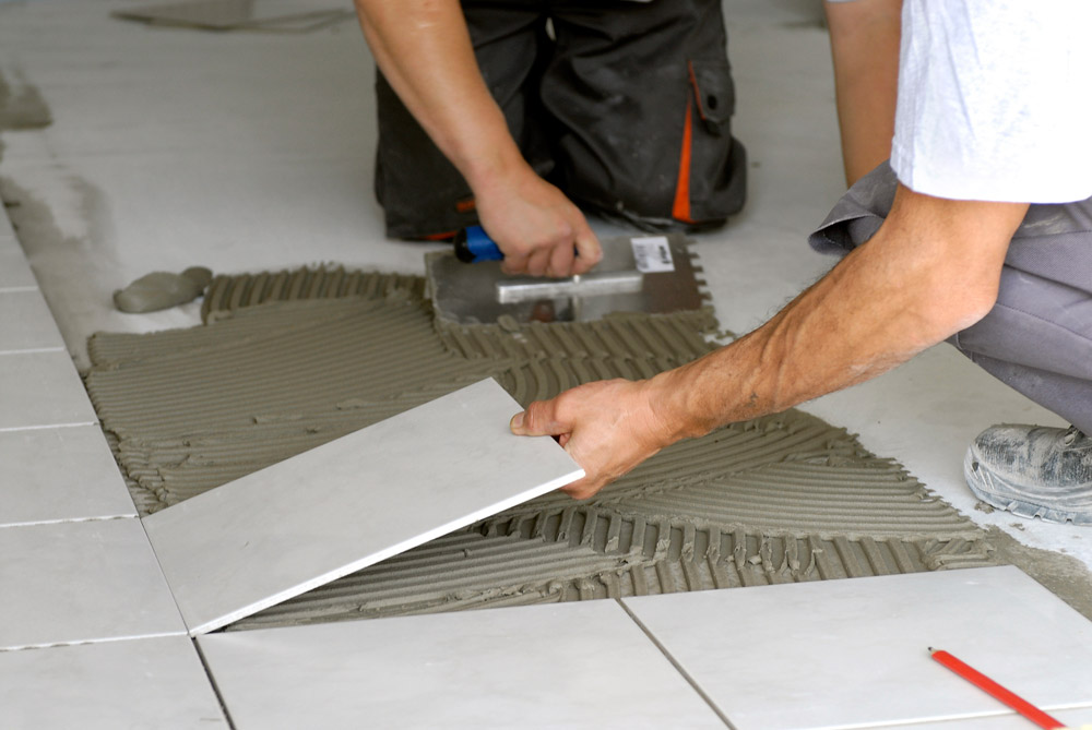 Comment poser du carrelage bricobistro for Sol stratifie sur carrelage