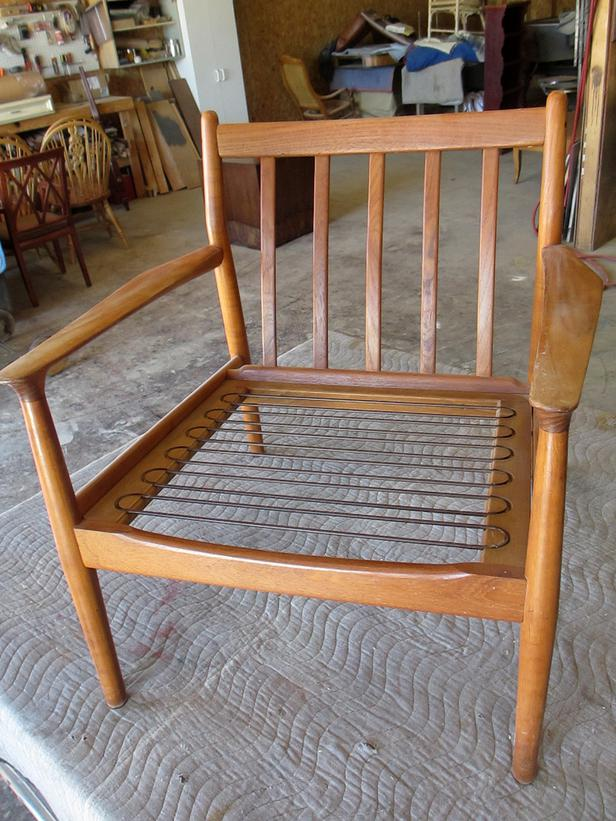 comment r nover une chaise vintage bricobistro. Black Bedroom Furniture Sets. Home Design Ideas