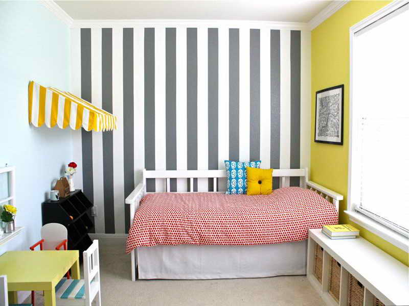 techniques pour peindre des rayures sur un mur bricobistro. Black Bedroom Furniture Sets. Home Design Ideas