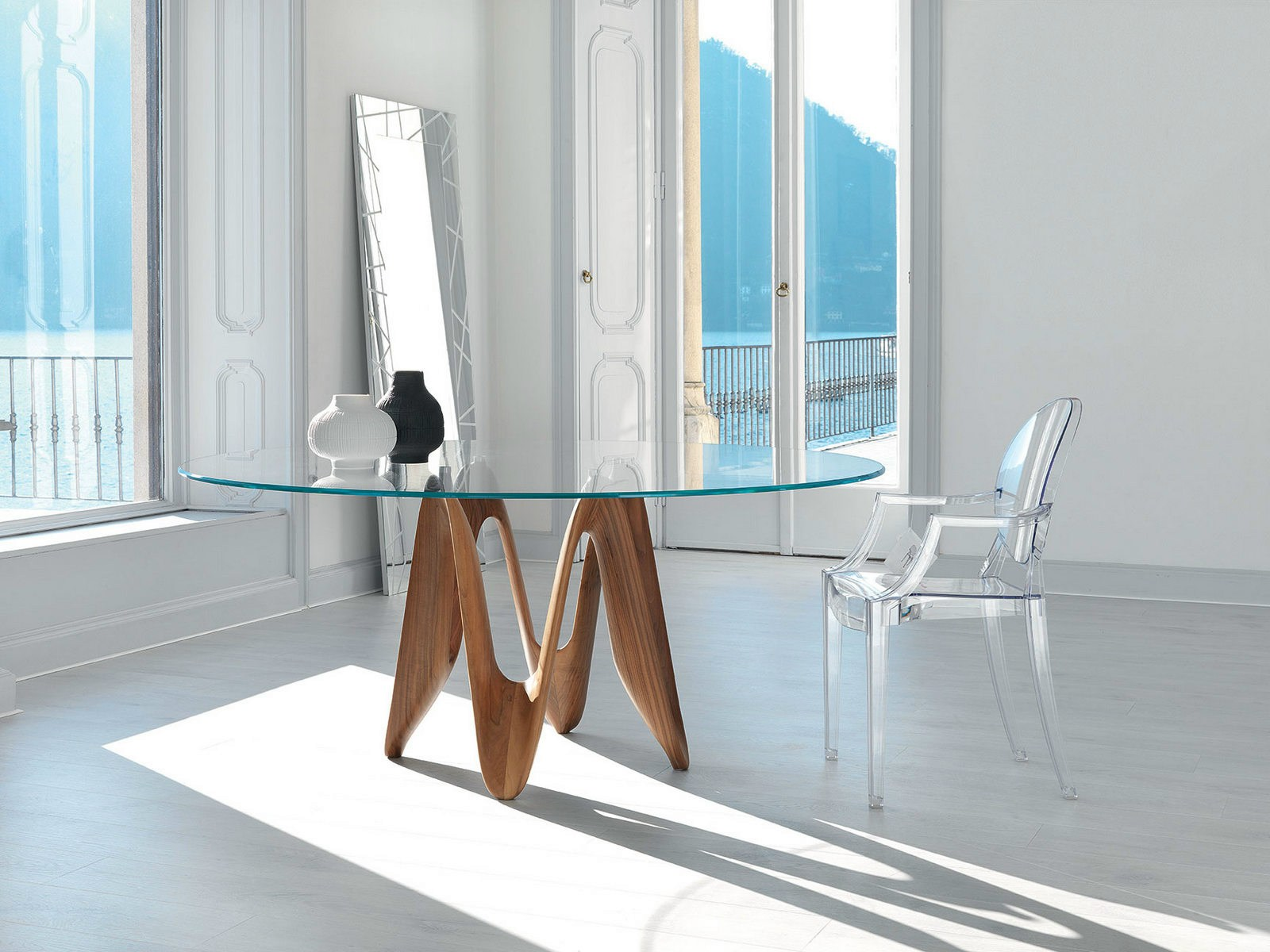 Pin lambda table ronde en verre design et cristalplant on - Table verre ronde ...