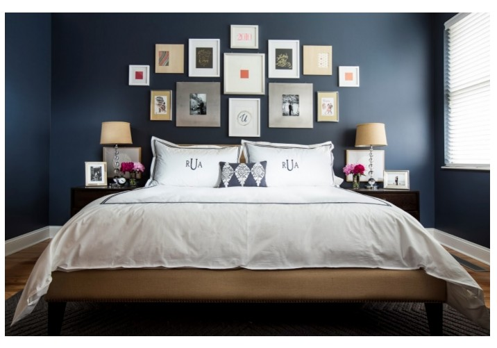 12 id es pour une d coration de chambre en bleu marine bricobistro. Black Bedroom Furniture Sets. Home Design Ideas