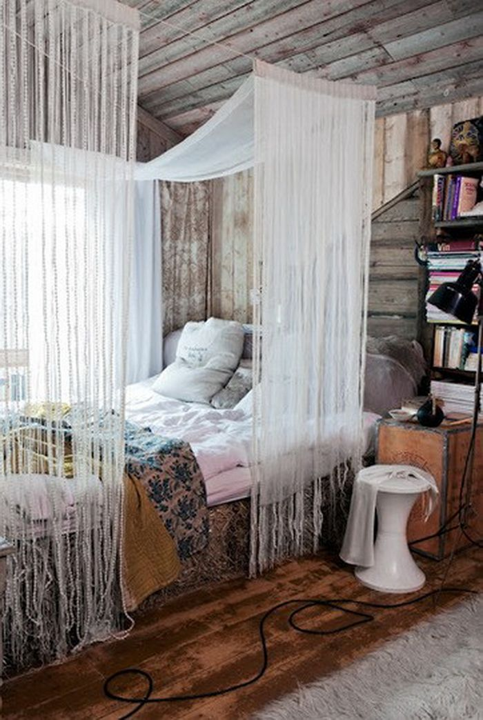 10 id es de ciel de lit diy pour cr er votre lit. Black Bedroom Furniture Sets. Home Design Ideas