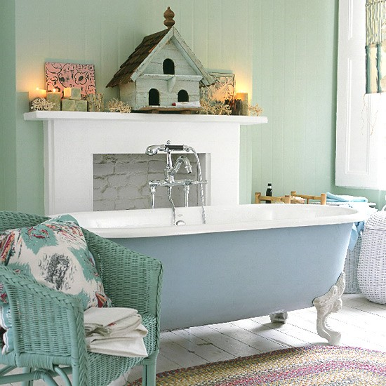 Bien connu 10 idées pour décorer la salle de bain avec des couleurs pastel  FL56