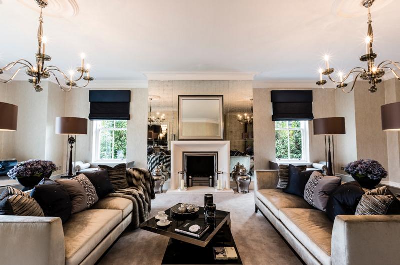 12 designs de salon sublim s par des miroirs bricobistro for Miroir dessus de cheminee