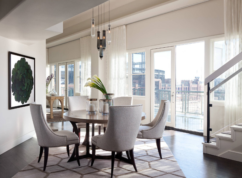 13 magnifiques salles manger avec un tapis motifs. Black Bedroom Furniture Sets. Home Design Ideas