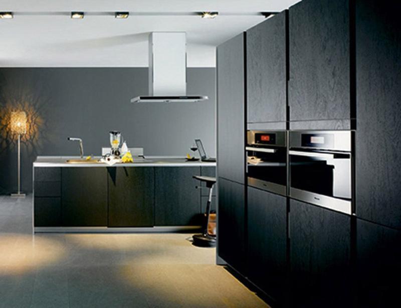 12 belles cuisines contemporaines avec des placards noirs for Belles cuisines contemporaines