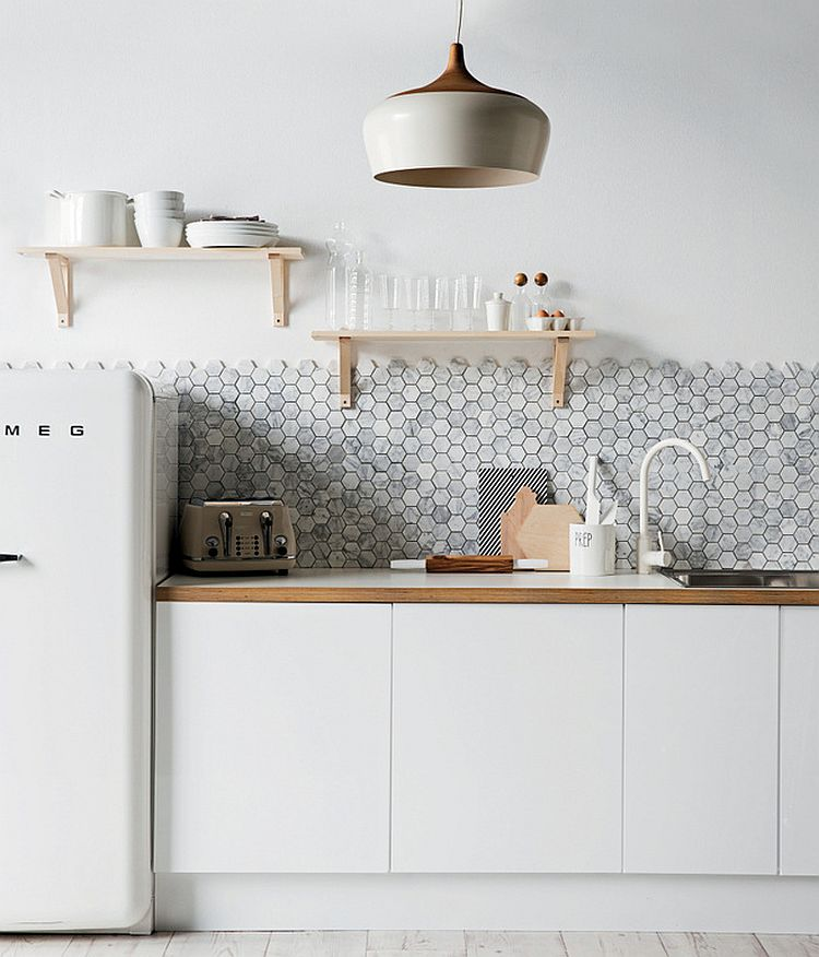 10 splendides cuisines avec un carrelage hexagonal for Carrelage hexagonal noir